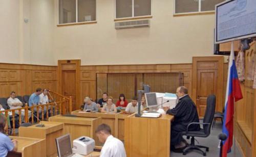 Суд по выселению жильца из приватизированной квартиры.