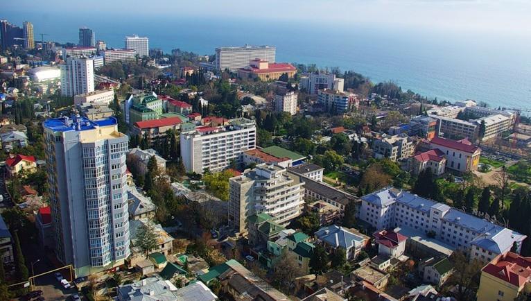 Куда лучше уехать работать в России? Конечно, в Сочи.