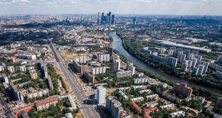 Сколько квартир облагается налогами в Москве.