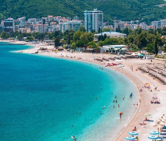 Как получить ВНЖ Черногории при покупке недвижимости